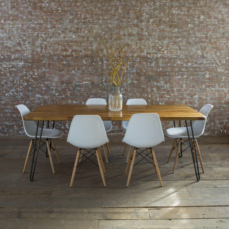 Bho Parquet Non Levigato E Muro E Sedie Con Tavolo Design Home