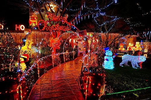 The Most Decorated House In Richmond Bc Christmas Lights Vancouver Photos Xmas Lights