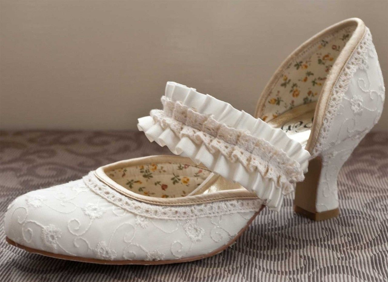 vintage wedding shoes for bride molly vintage wedding shoes from steps 163 80 8334