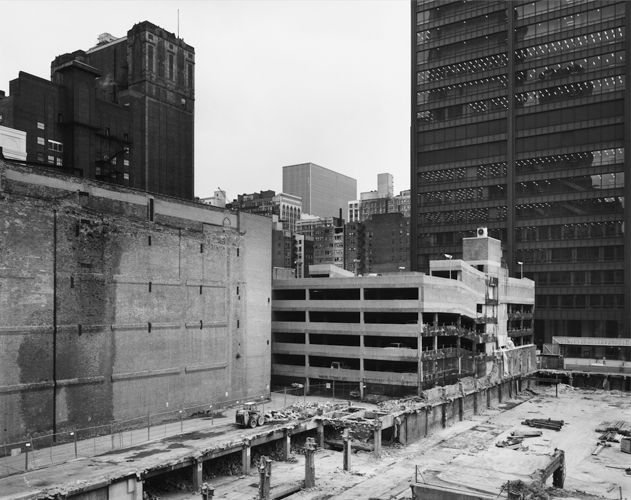 Thomas Struth, The Loop Towards Dearborn Street, Chicago, 1990