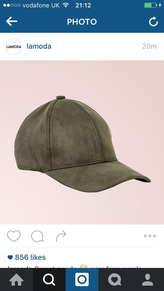 Khaki cap.