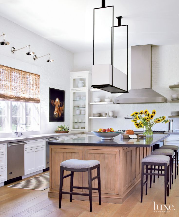 Transitional Modern Kitchen Open Plan: Transitional White Kitchen With Open Shelves