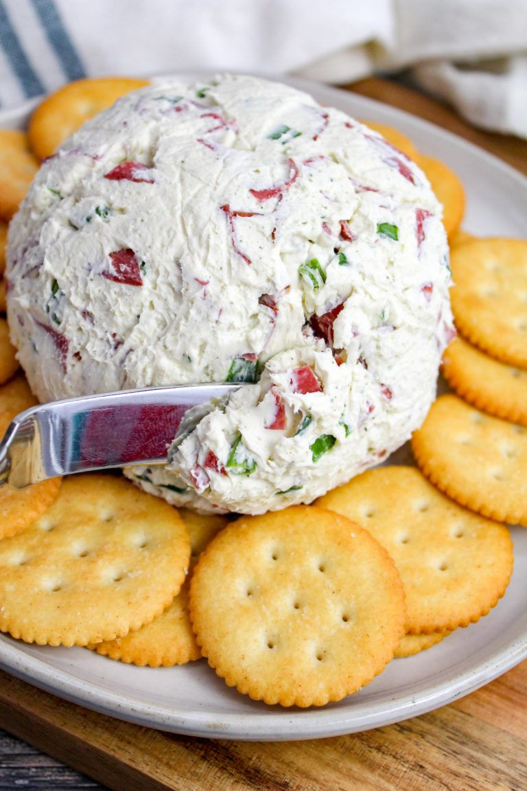 A Traditional and Simple Cheese Ball Recipe Using Dried Beef, Green Onion, and Ranch Seasoning. Per