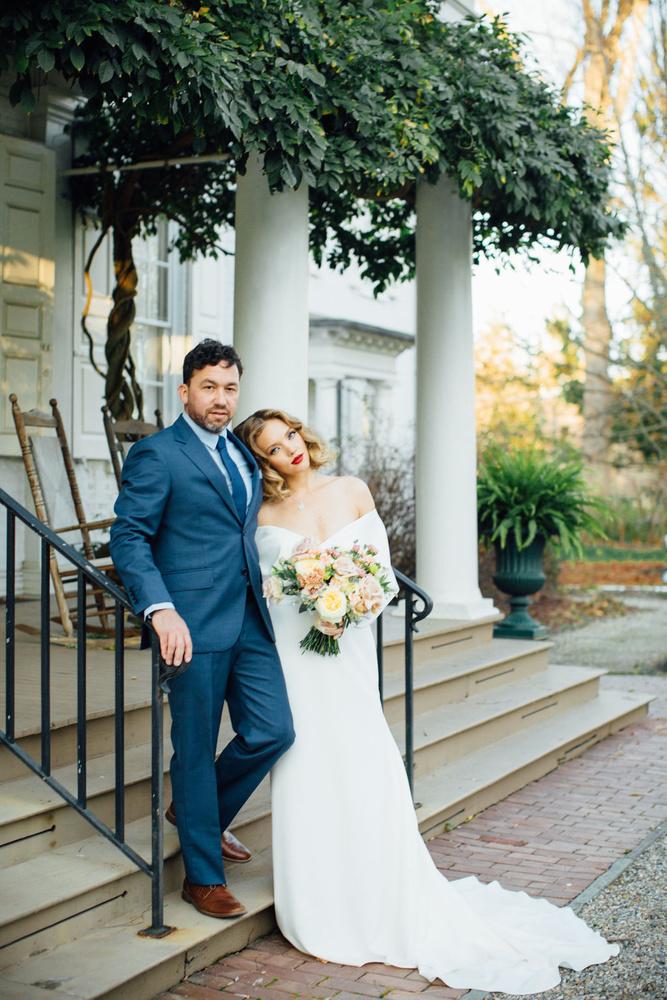 Wedding Photographers Hannah Snyder Wedding Photography Wedding Chicks In 2021 Elegant Wedding Wedding Chicks Groom And Groomsmen Attire