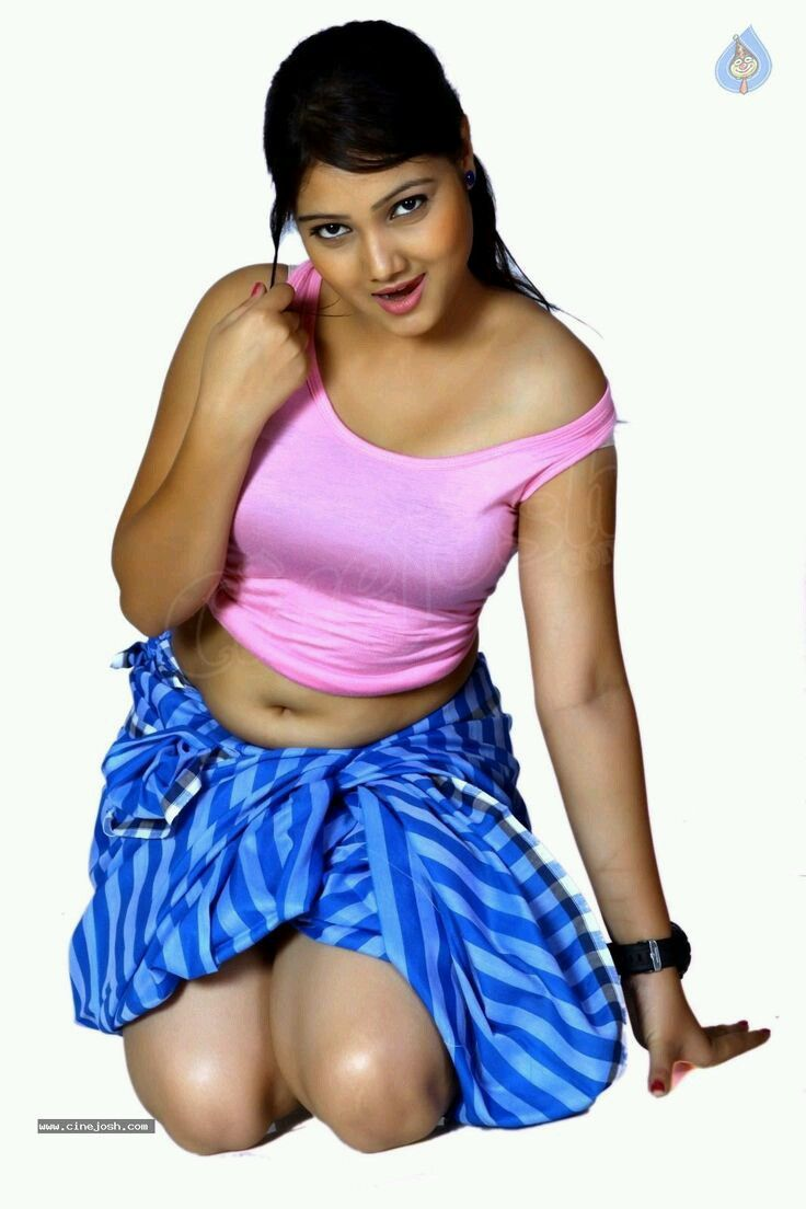 Top    Beautiful Hottest And Sexiest Indian TV Actresses              south indian hot aunties navel stills