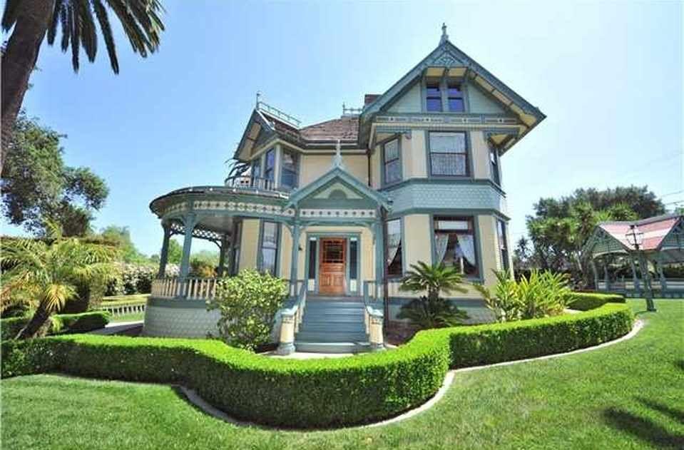 1896 Queen Anne - Escondido, CA - $1,200,000   Victorian houses ...
