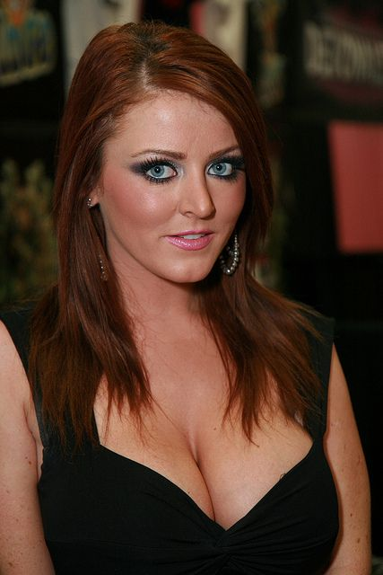 Sophie Dee 7