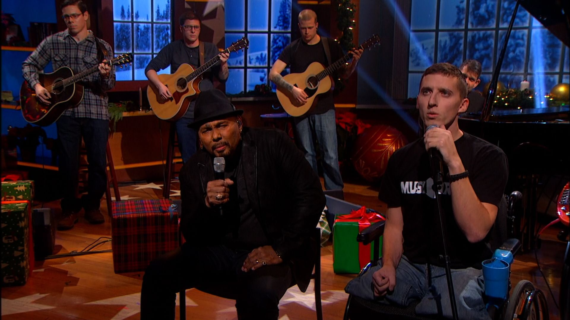 Exclusive Aaron Neville And Musicorps Hallelujah In 2020 Aaron Neville Reality Tv Shows Comedy Central