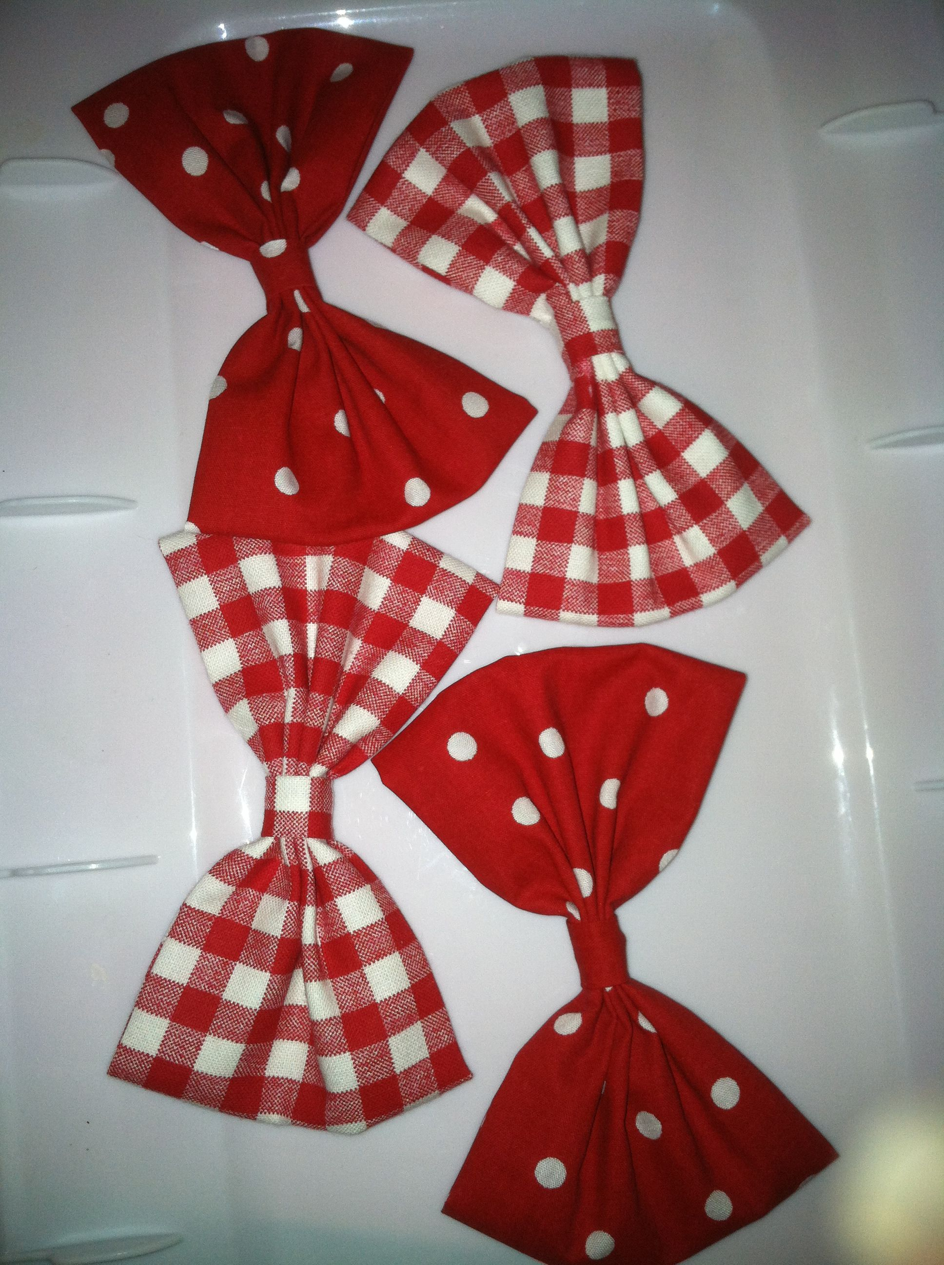 Red and white fabric hair bows vonnieus creations pinterest