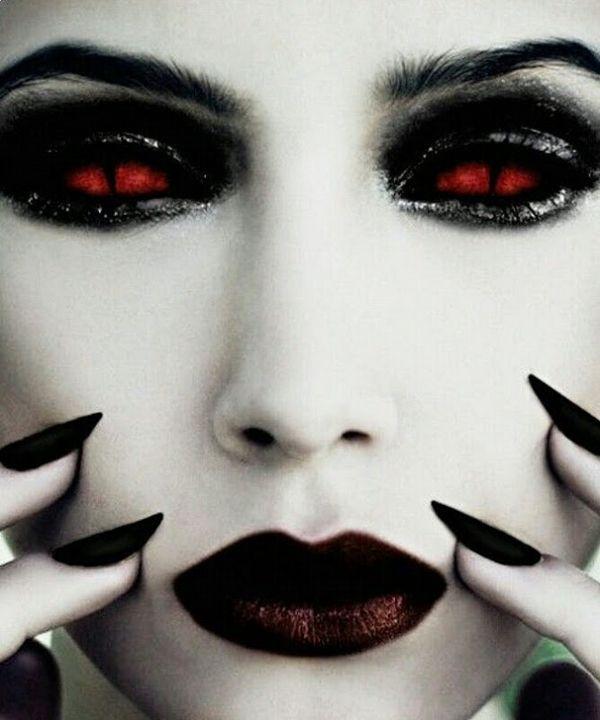DIY vampire makeup ideas halloween makeup red contact lenses - maquillaje de vampiro hombre