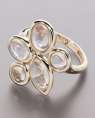 Goldring mit mondstein  Gold-Ring mit Ceylon Mondstein von Sogni d´oro #schmuck ...