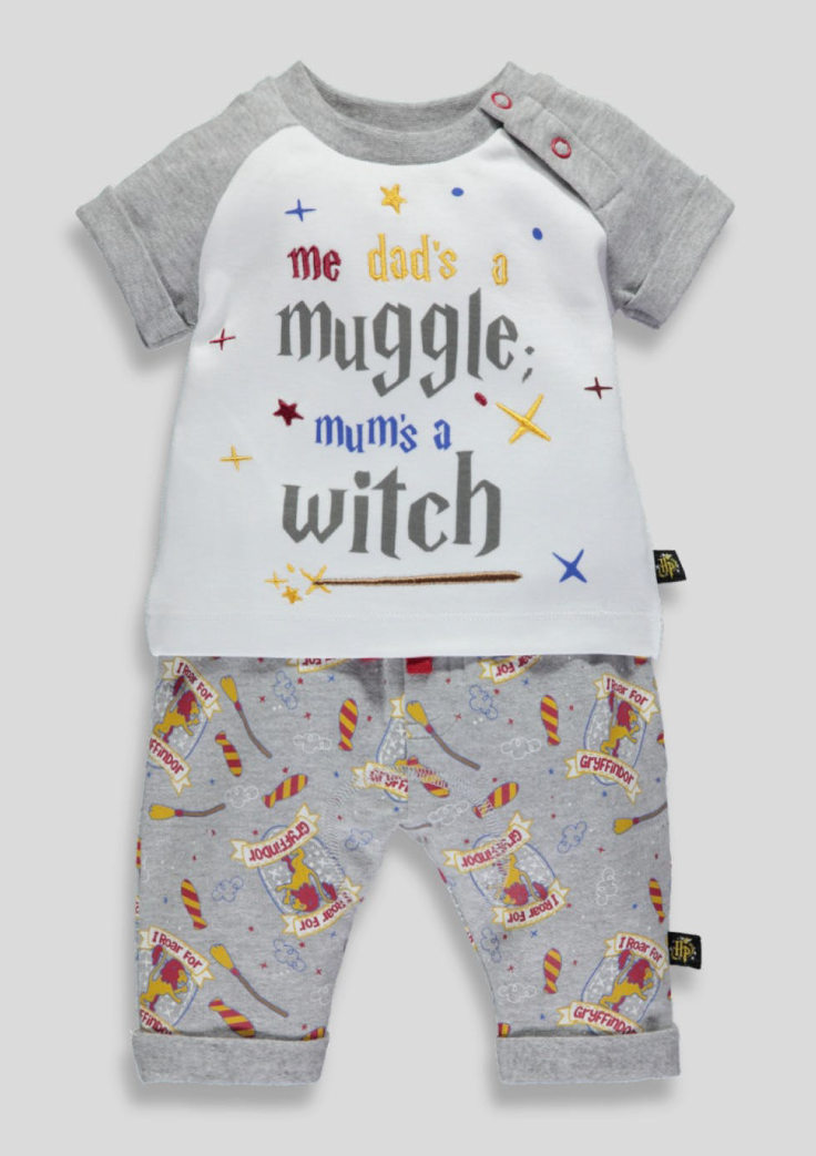 85c898ffadf How adorable is this Harry Potter Baby Outfit!