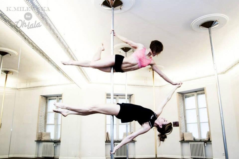 Asia Ziemczyk oraz Karolina Domańska / Ohlala   #poledance #ohlala #poledancer