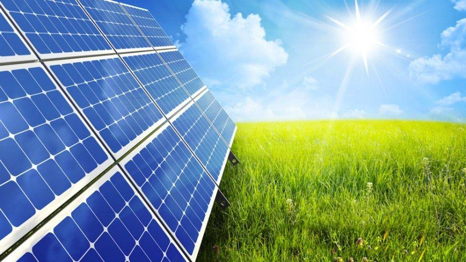 La energía solar es una fuente de energía renovable que se obtiene ...