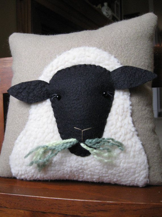 Primitive Wooly Sheep Decorative Pillow Sheep Crafts