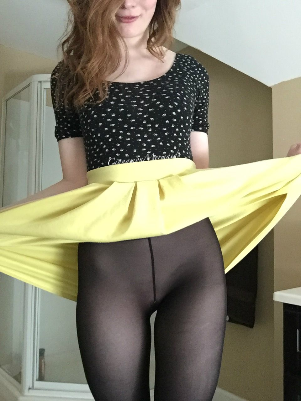 i've got nothing on under these tights. [self] | nylon sex