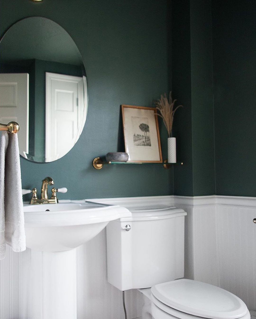 Bring On The Drama With This Popular Green Hue In 2020 Small Apartment Bathroom Green Bathroom Best Bathroom Paint Colors