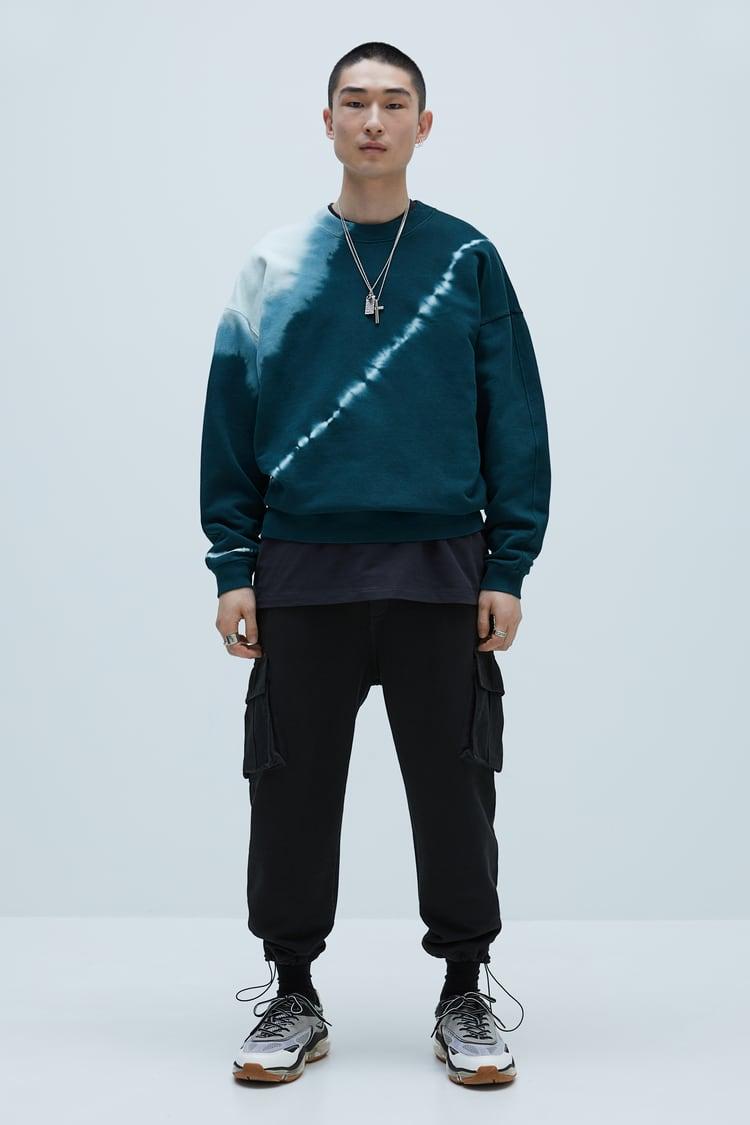 View All Sweatshirts Collection Man Zara United States Tie Dye Outfits Sweatshirts Tie Dye Fashion [ 1125 x 750 Pixel ]