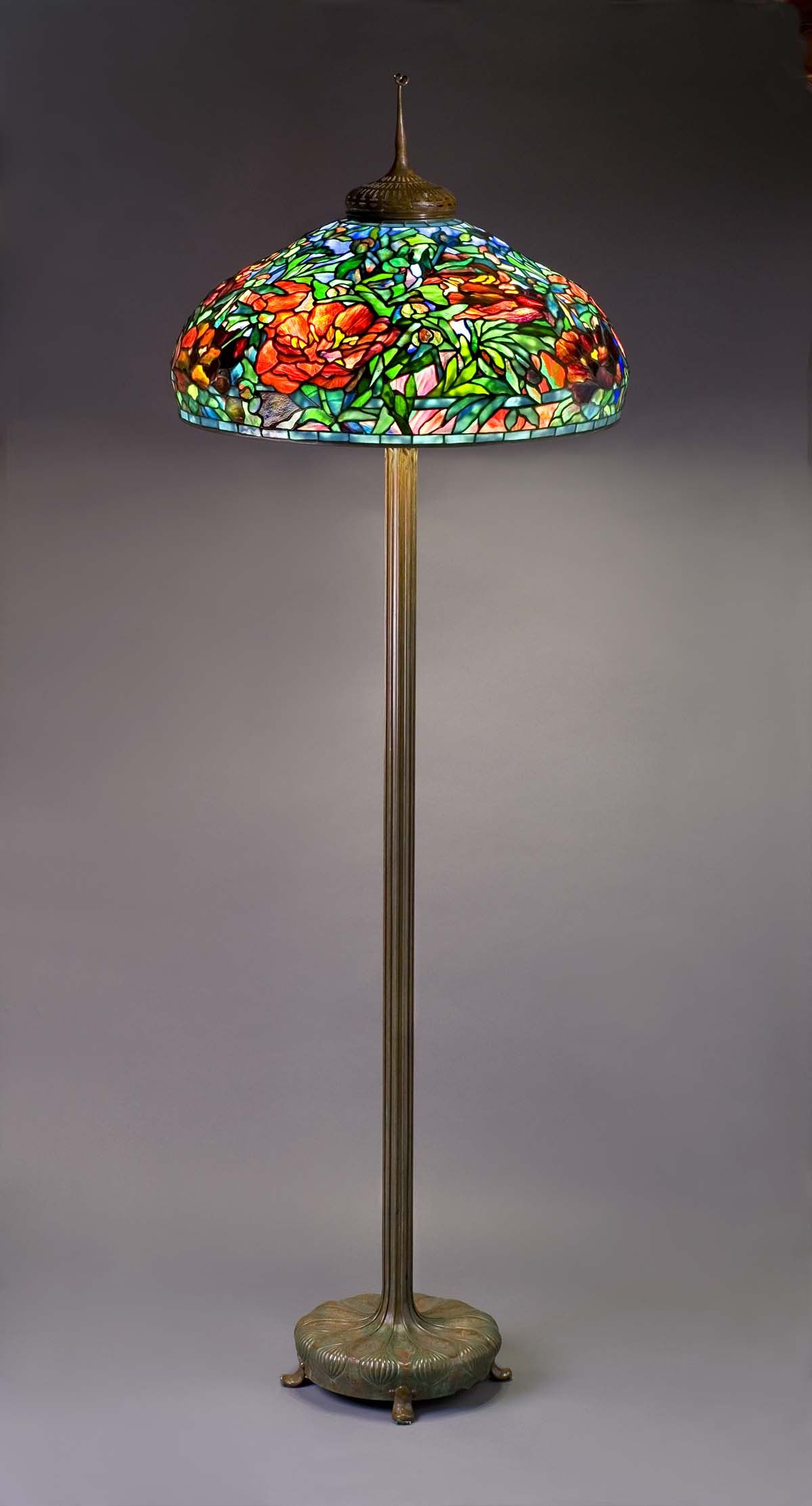 Tiffany Studios New York Favrile Leaded Glass And Patinated Bronze Peony Lamp Leaded Glass Tiffany Inspired Lamps Stained Glass Lamps