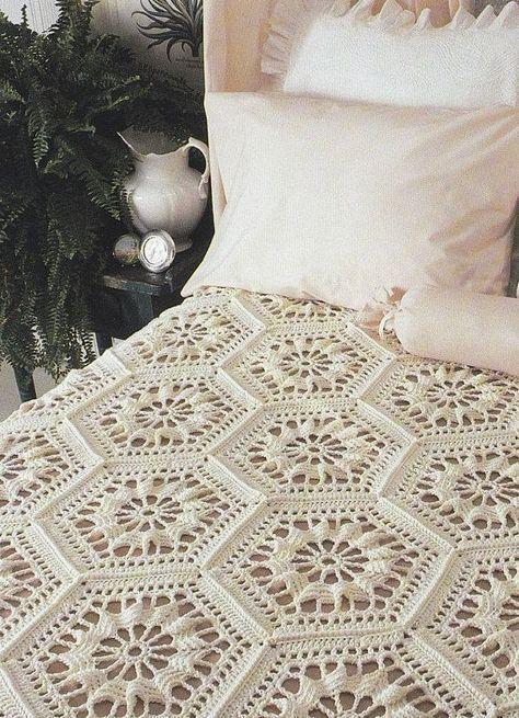 Bedspread Crochet Pattern with Hexagon Motifs | Ganchillo ...