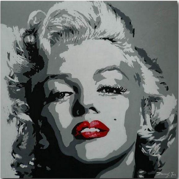 Marilyn Monroe Red Lips