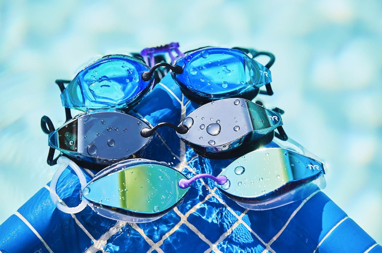 812b1b536a0 Feel the speed in our all new TYR Tracer-X Racing Goggles. Engineered for  elite level swimmers, the Tracer-X promises a wider field of vision than  any other ...