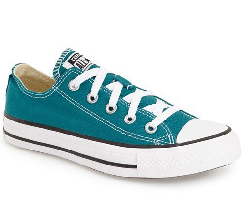 Converse Chuck Taylor® All Star® 'Ox' Low Top Sneaker (Women)