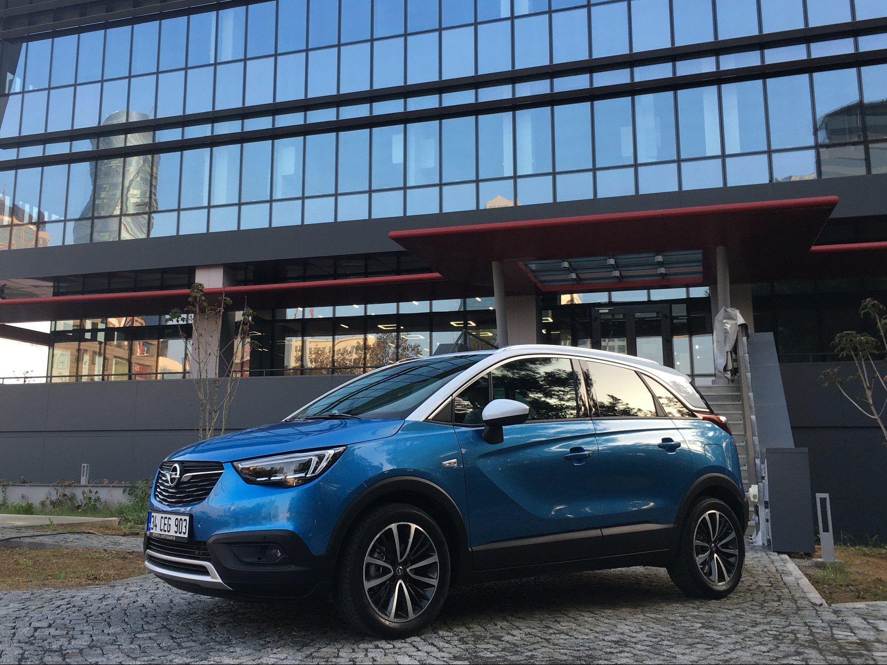 Murat Tosun Dizel Otomatik Opel Crossland X Testi Yapti Dizel Opel Crossland X Yakit Tuketimi Miktari Teknik Ozellikleri Ve Yeni Otomobil Araba Dizel Motor