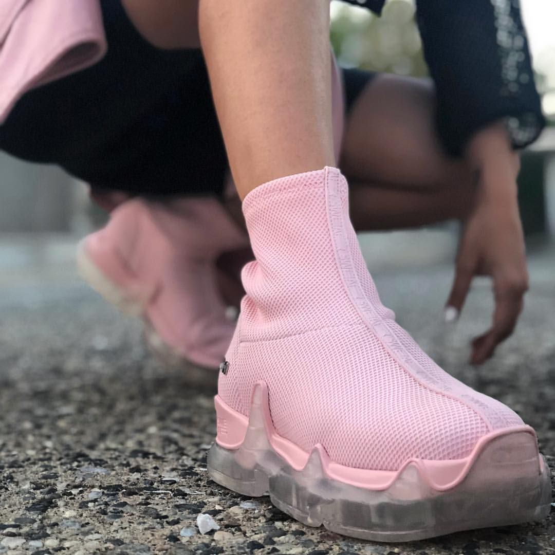A pink dream kikihatzistavrou spotted wearing our latest update