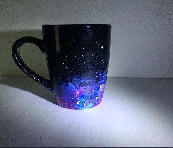 Hand Painted Galaxy Mug di JulietCreations su Etsy