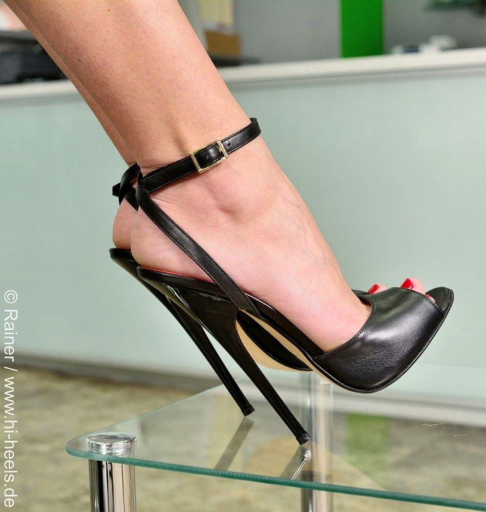 Sandals - 585-2443 - Vitello nero | Hochhackige schuhe