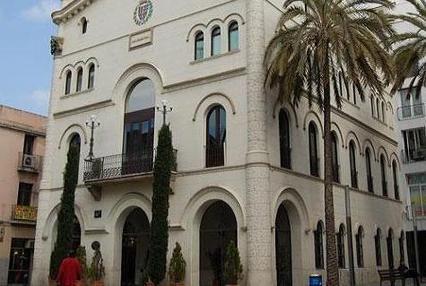 Façana Ajuntament de Badalona