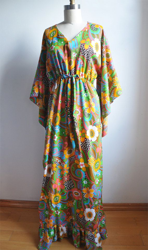 08b10264f5 70 s Long Hippie Dress with Bell Sleeves and Floral Pattern ...