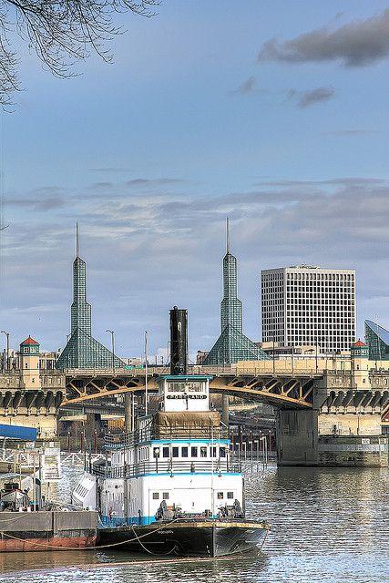 Willamette River - Portland, Oregon