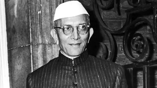 Take a look at the list of all Prime Ministers of India