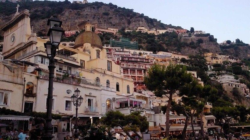 Positano #positano #costieraamalfitana #beautiful #followme #travel #viaggio #diarioviaggi www.diarioviaggi.eu