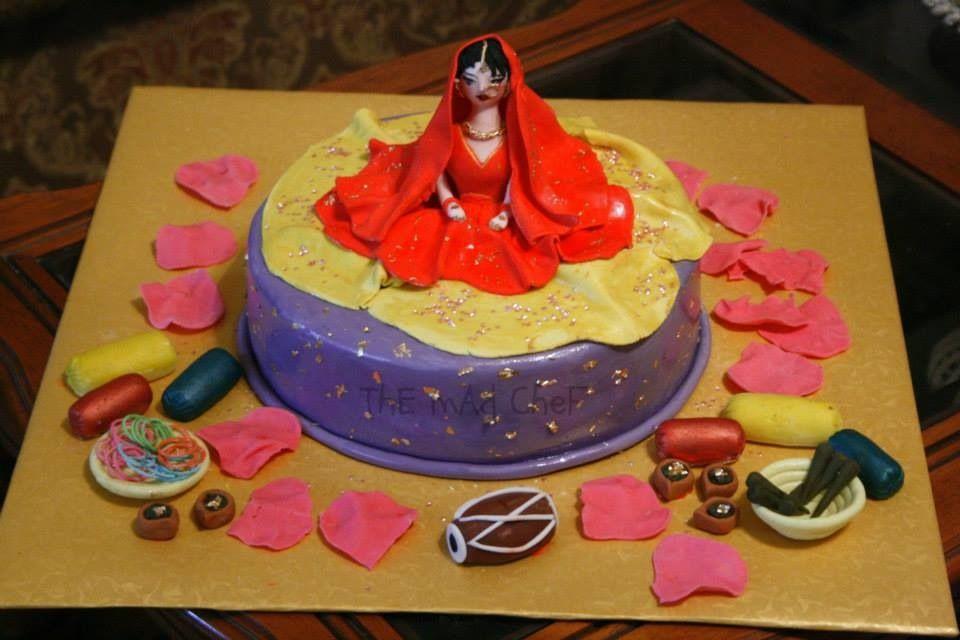 Mehndi Cushion Cake : Dholki or mehndi cake cakes and