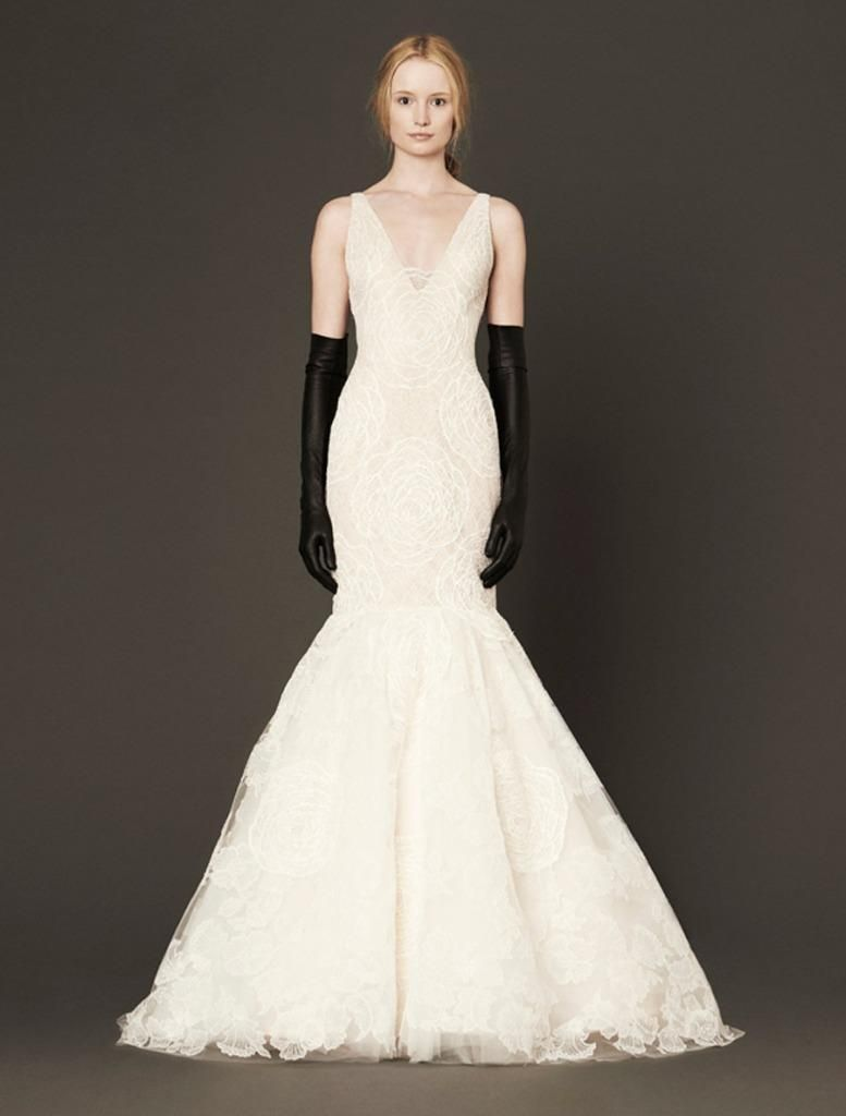 Nice awesome authentic vera wang macy ivory chantilly lace wedding