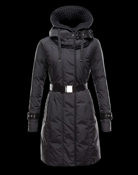 Doudoune Moncler Chacal Femme Noir   Things to Wear   Pinterest ... 772928ca38f