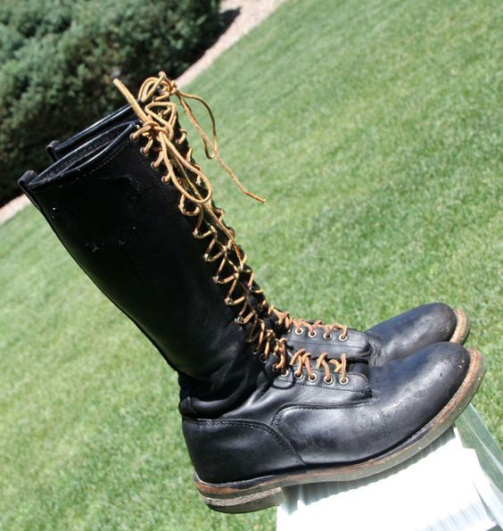 a88f5995ec8 Red Wing 2450 16