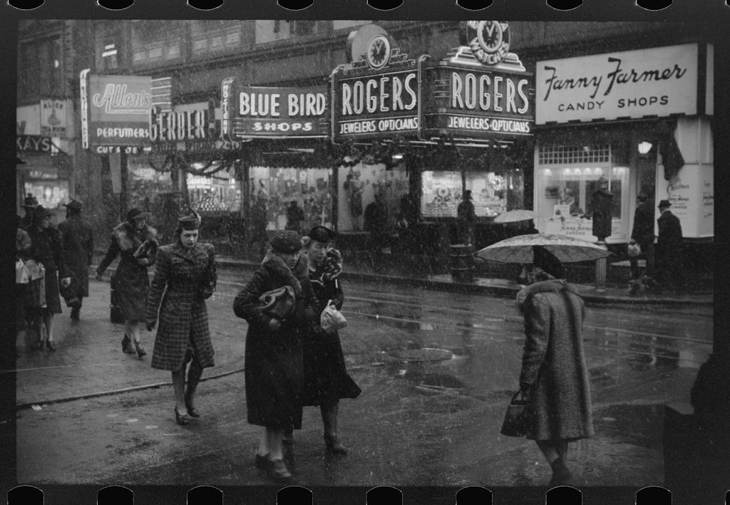 Untitled photo, possibly related to: Snow in Providence, Rhode Island. 1940 Dec. Library of Congress.