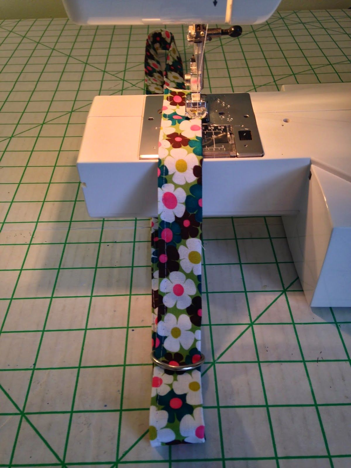 Create kids couture how to tuesday fabric lanyard