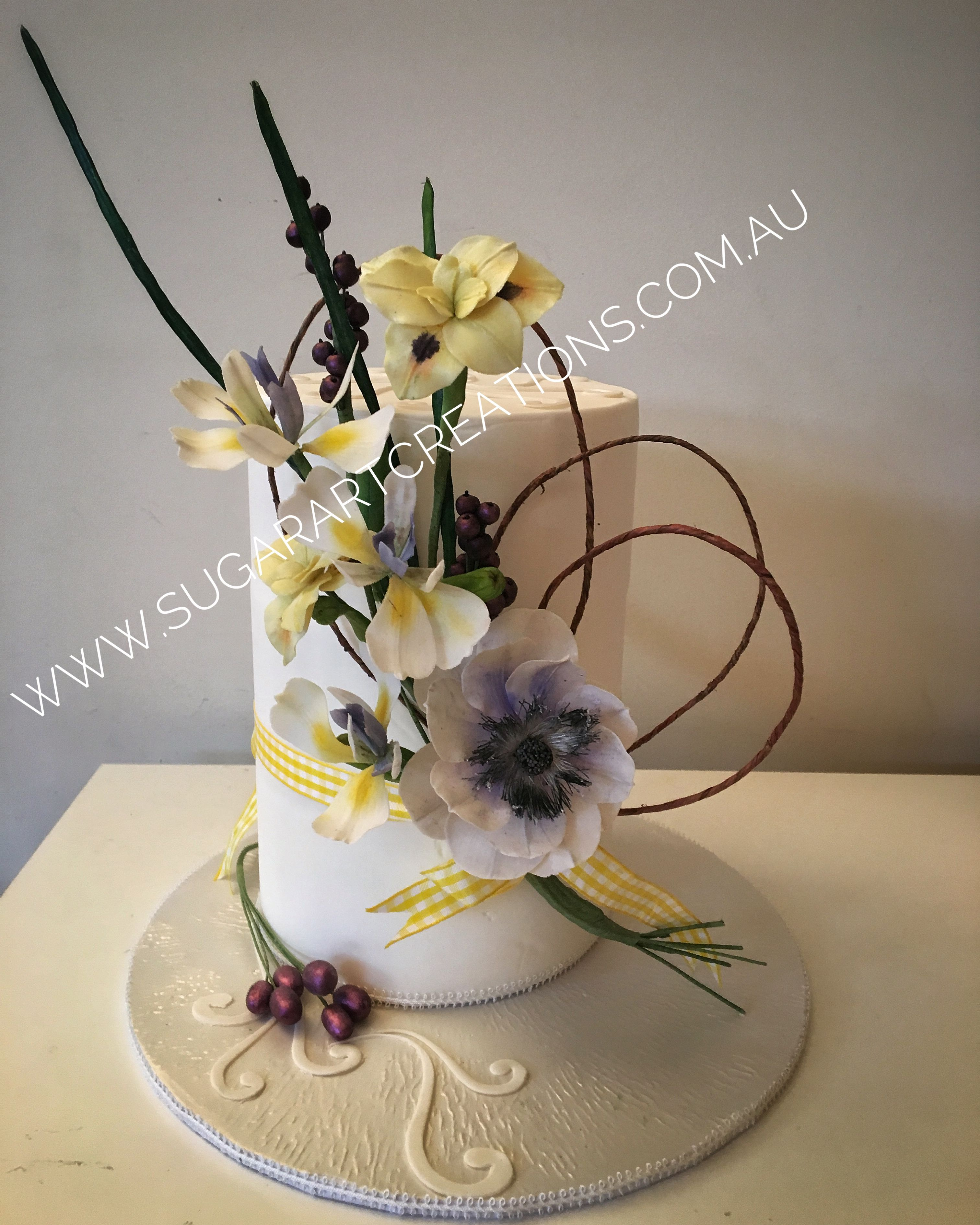 Sugarartcreations sugar flower chic cakes by helen pinterest