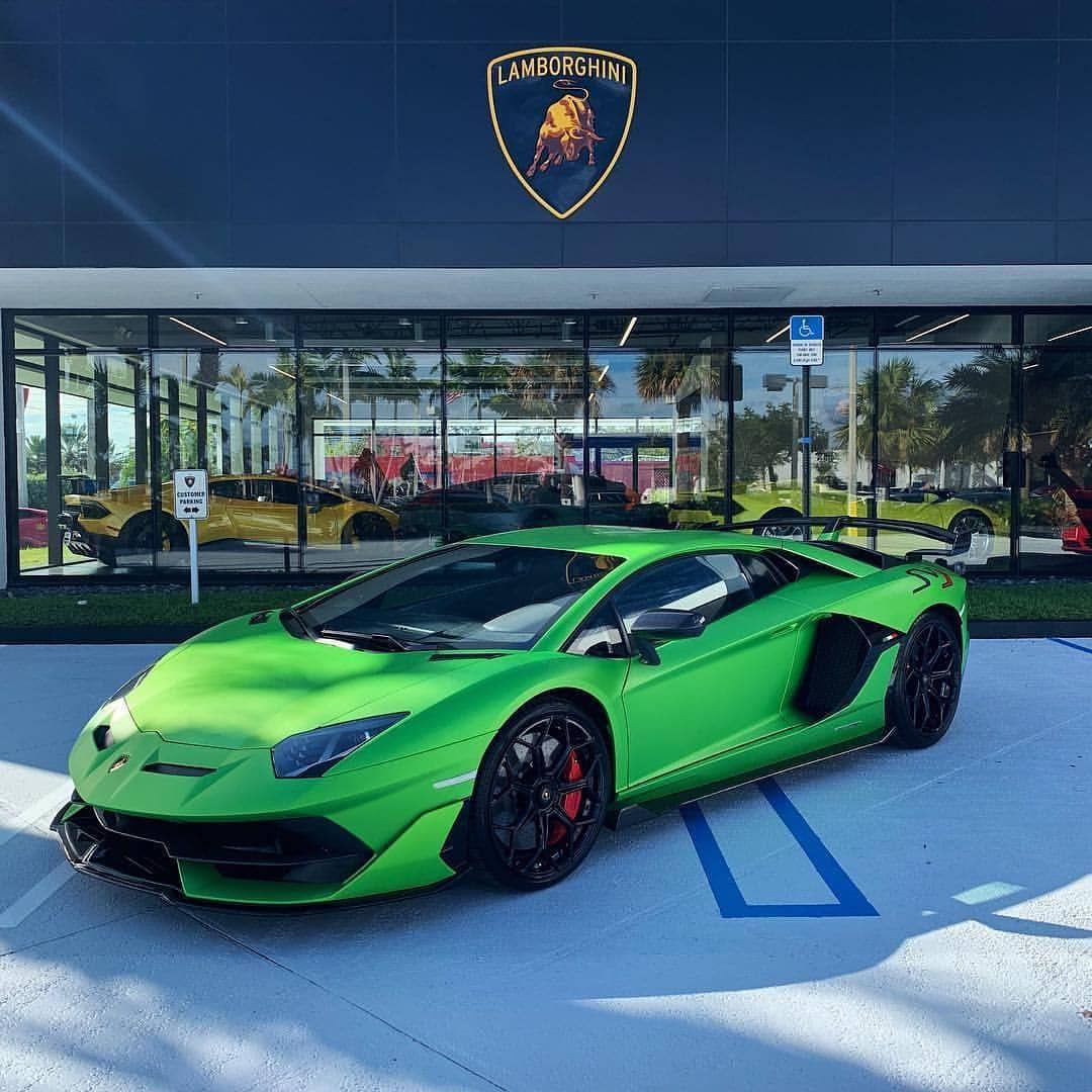 Lamborghini Sport: Lamborghini Aventador SVJ