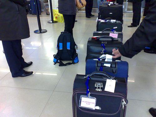 Hành lý - Thủ tục đi máy bay cho người đi lần đầu