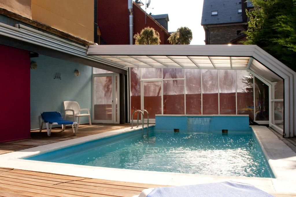 Piscina Exterior (descubierta en temporada de verano, cubierta y climatizada en temporada de invierno), Hotel Marvel Beret***