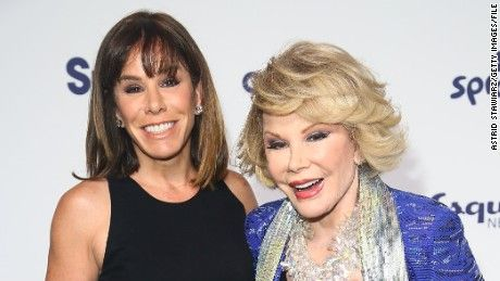 The family of the late Joan Rivers has settled with the clinic at the center of a medical malpractice lawsuit following the comedian's death, attorneys for the family tell CNN.