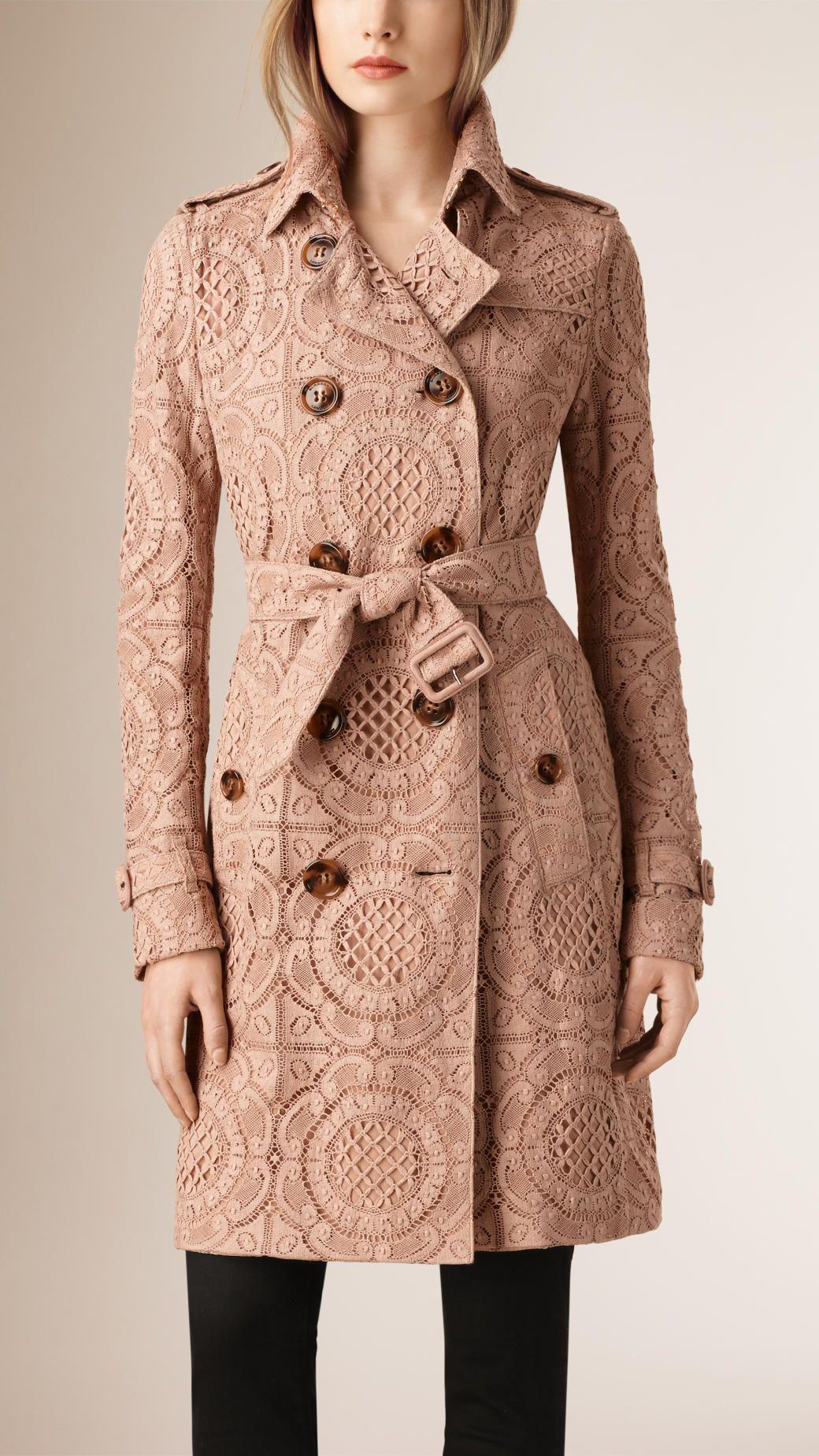 Женские пальто и пиджаки   Burberry   Burberry my love   Pinterest ... 9fd99216f2b