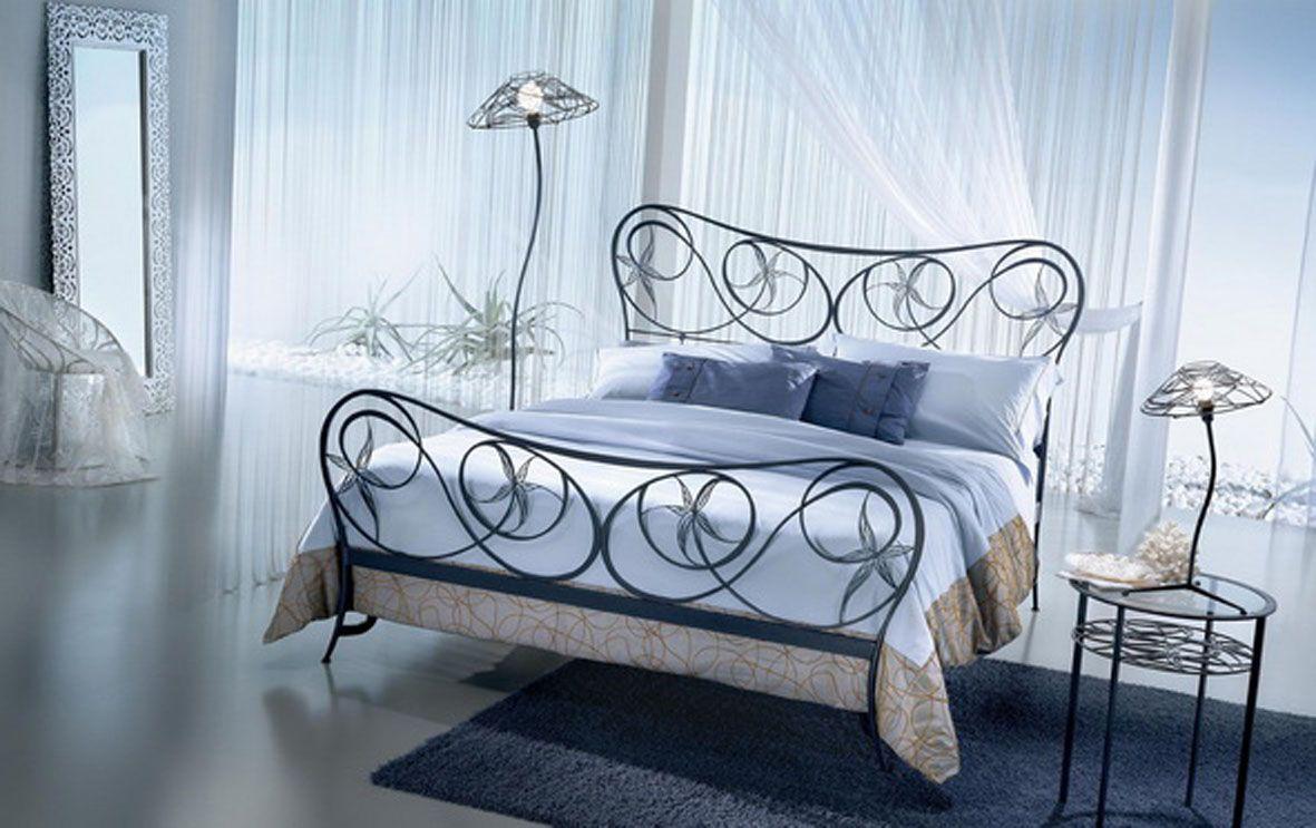 Dormitorios de forja brisa decoraci n beltr n tu tienda for Camas plegables diseno italiano