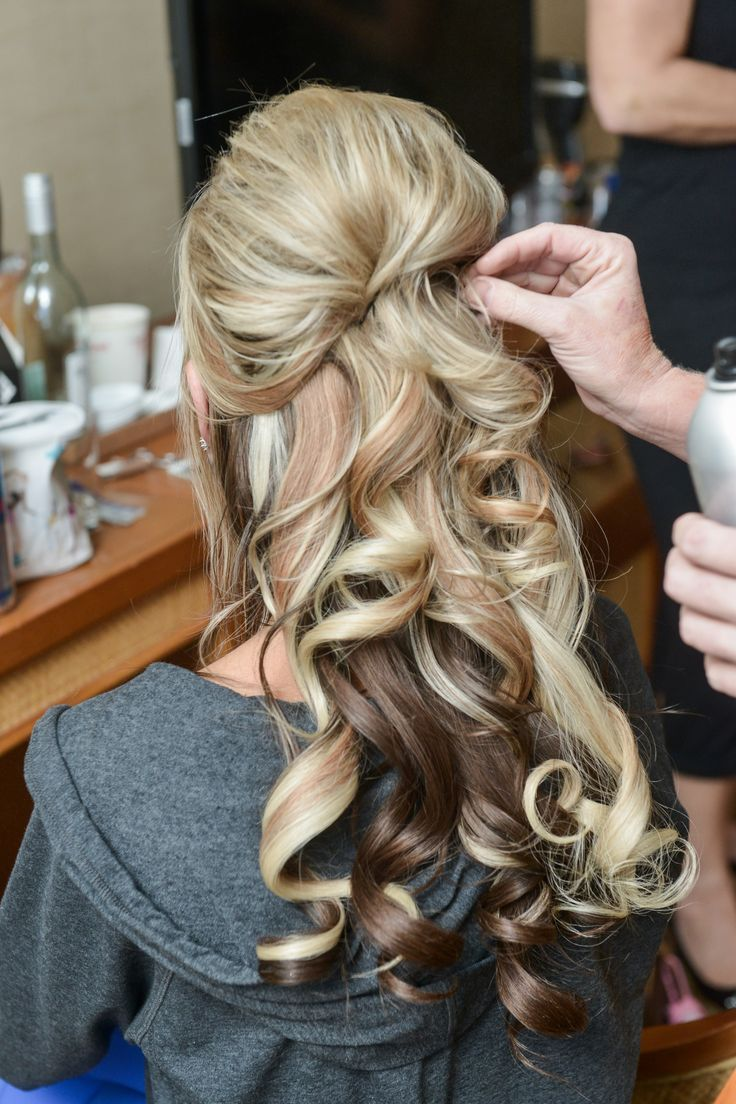 Wedding hair ideas for a bridal look. Half up and ...